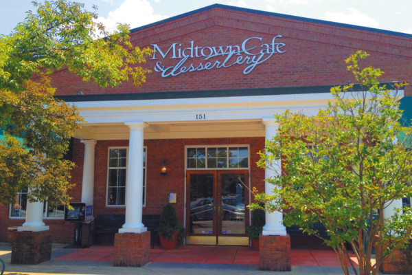 Midtown Cafe and Dessertery Celebrates 30 Years