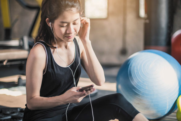 Fit Mom:  How Your Phone Can Help You Lose Weight