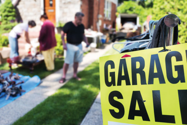 How to Host a Successful Community Garage Sale