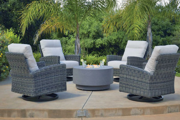 Casual Furniture World – Warming Up to A New Season